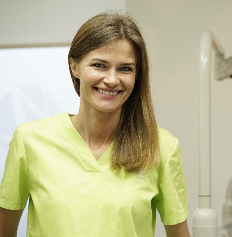 dr n. med. Anna Barbara Karnowska